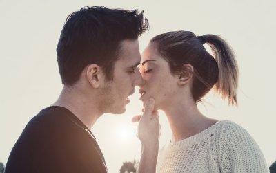 Der erste Kuss – eine Frau küssen OHNE eine Abfuhr zu bekommen