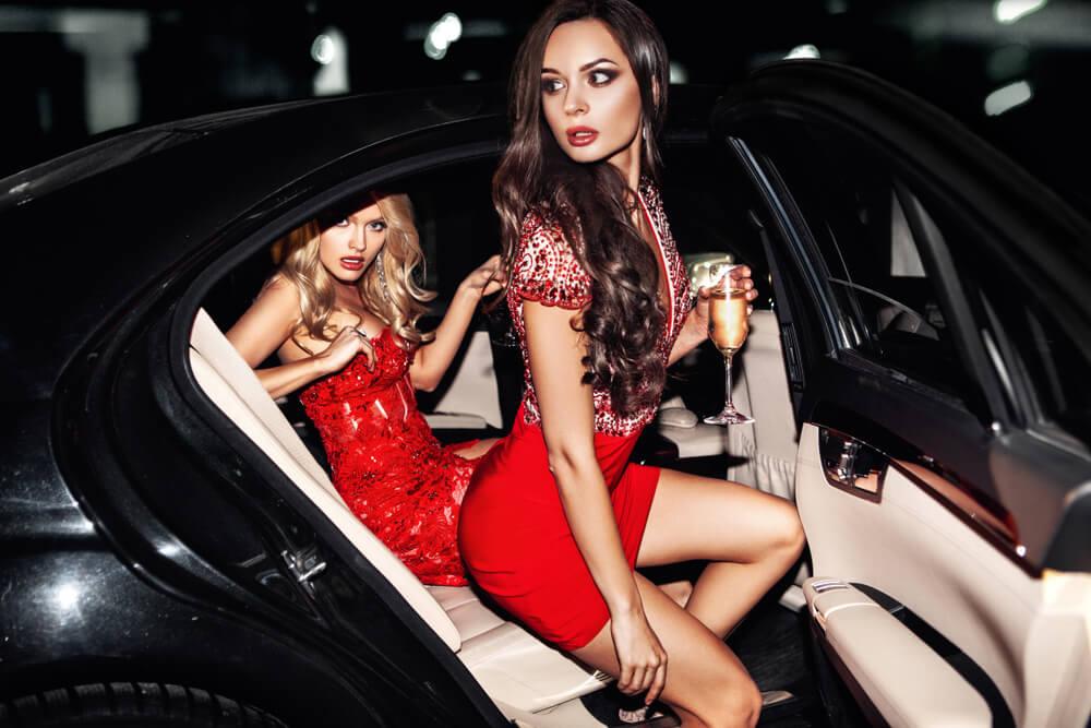 Frauen finden reiche Reiche frauen